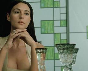 Monica Bellucci In The Matrix Reloaded - Film nackt