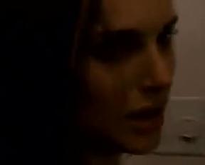 Natalie Portman And Mila Kunis Lesbian Scene In Black Swan - Film nackt