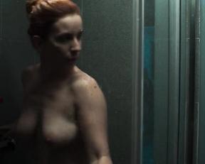 Anna Fixova nude - Vysoka hra s01e02 (2020)