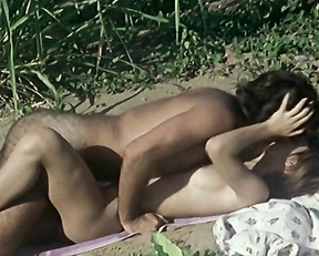 Annie Friedmann naked - The Awakening of Annie (1976)