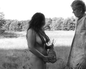 Jitka Cvancarova naked – Nabarvene ptace (2019)
