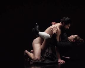 Ella Rumpf nude - Freud Katharsis (2020)
