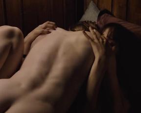 Lisa Vicari nude - Dark s03e02-04 (2020)