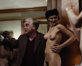 Amy Adams, Katie Boland, Ambyr Childers, LIz Clare, Fiona Dourif – The Master (2012)