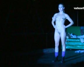 Judith Hoersch, Dafne Maria Fiedler – A musical Nackt (2009)