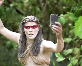 Lorenza Izzo – The Green Inferno (2013)