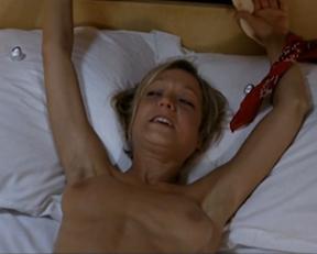 Carole Bouquet, Barbara Kelsch – Embrassez qui vous voudrez (2002)