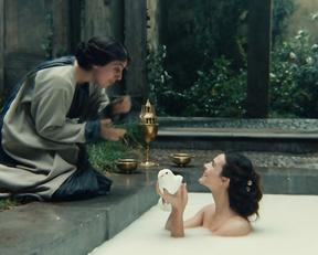 Carole Bouquet – Le bon roi Dagobert (1984)