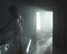 Anastasiya Zavorotnyuk nude – Kod apokalipsisa (2007)