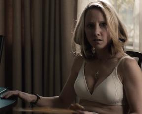 Emily Blunt, Anne Heche – Arthur Newman (2012)