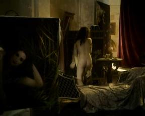 Schüle naked emilia Emilia Schüle