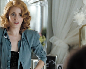 Amy Adams - Miss Pettigrew Lives for a Day (2008)