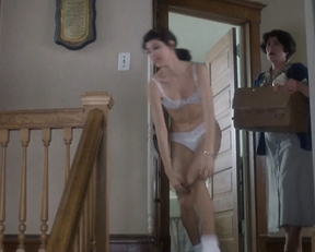 Marisa Tomei - Untamed Heart (1993)