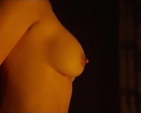 Demi Moore, Lisa Joliffe-Andoh - The Scarlet Letter (1995)
