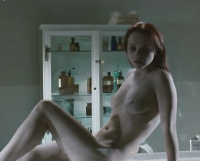 Christina Ricci - After Life (2009)
