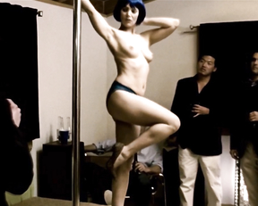Angela Featherstone  nackt