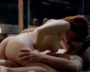Diana Gettinger - Femme Fatales (2011 s02e01-e02)