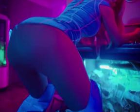 Iggy Azelea Kream Music Video - Film nackt