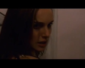 "Natalie Portman And Mila Kunis Legendary Plot In ""Black Swan"" - Film nackt"