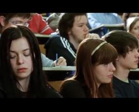 Nina Ivanisin - Plot Jiggles - Film nackt