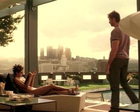 Halle Berry's Hardbody In Swordfish - Film nackt