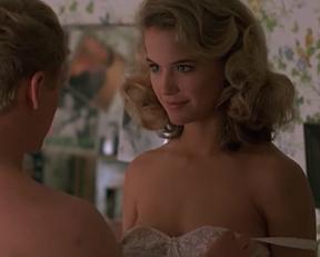 Kelly Preston In Mischief - Film nackt